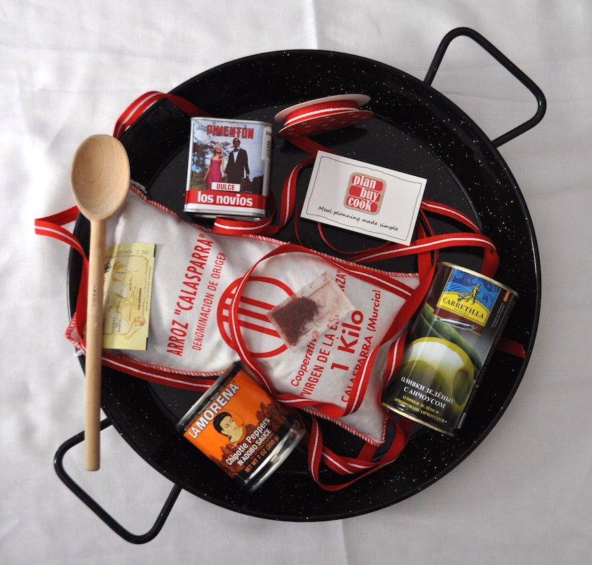 Christmas present ideas for paella lovers