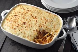 Pastitsio: Greek pasta bake