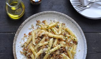 Pasta with anchovy breadcrumbs