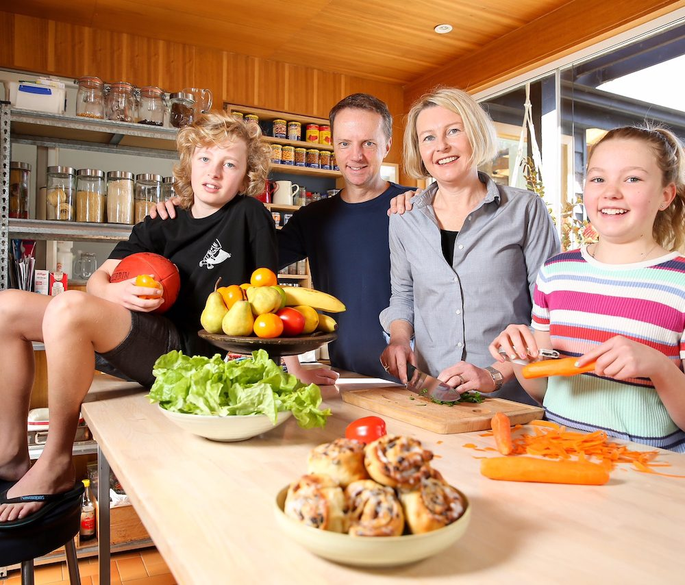 Master your kitchen: Clever cooks healthier than highly skilled chefs
